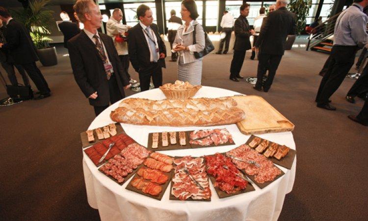 Buffet et dégustation de vin, charcuterie et fromage Lyon